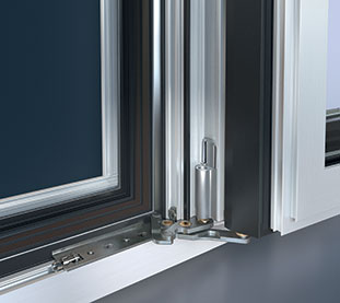 Motorized windows and 360° opening system Schuco Simply Smart