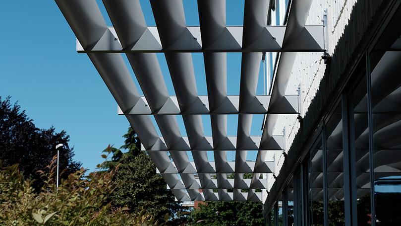 Fixed Aluminium Sunshades for Office Building Facade