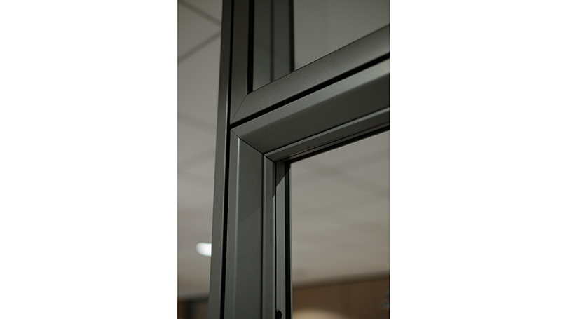 Aluminium and Glass Partition Walls with Reduced Frame Size