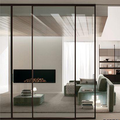 Porte Scorrevoli in Vetro a Tutt'altezza per Residenze e Uffici dal Design Moderno e Raffinato