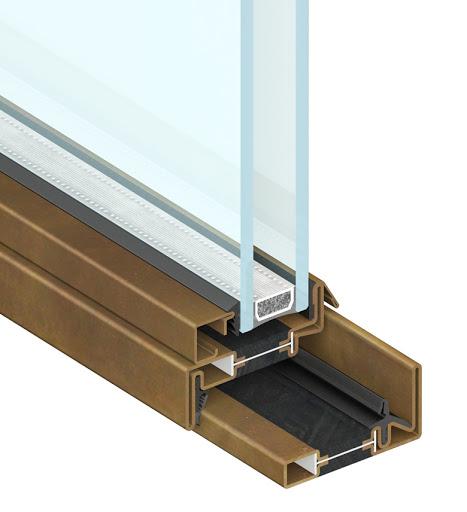 particolare del taglio termico dei serramenti secco produttore di profilati in acciaio
