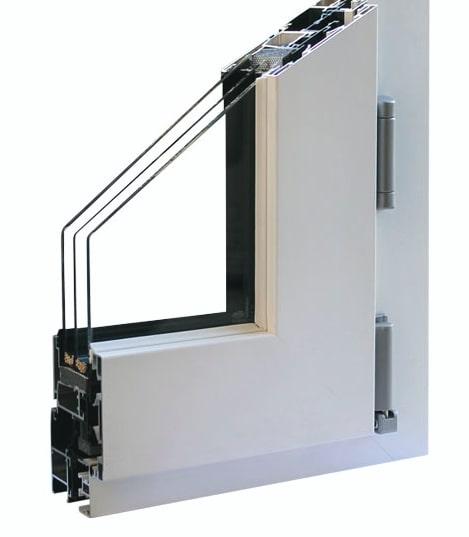 dettaglio del profilo di finestre spi in alluminio modello trial val plus