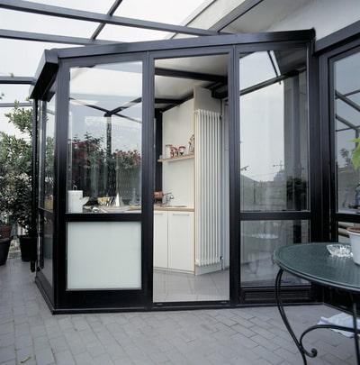 copertura in alluminio per cucina su terrazzo progettata e prodotta da aluser