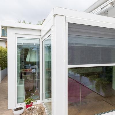 verande di design in alluminio con zanzariere integrate aluser