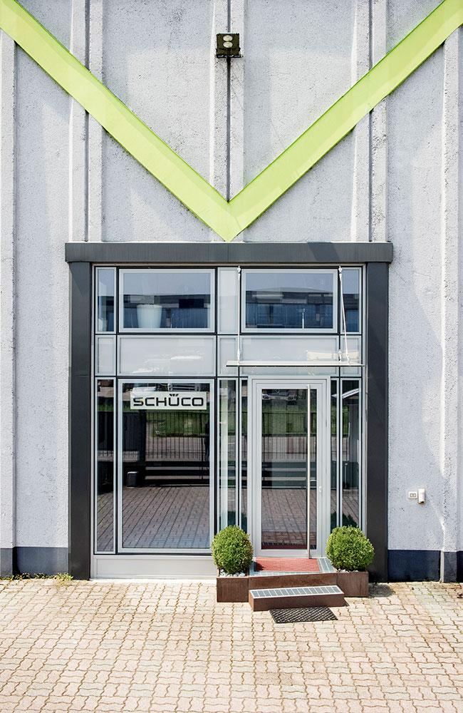 Ingresso Showroom Schuco Aluser, rivenditore Schuco di Milano.